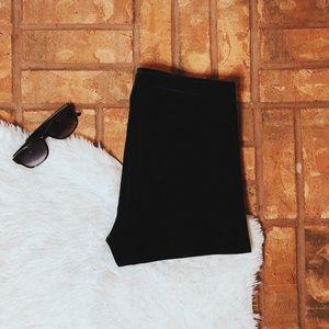 • Abercrombie & Fitch • black velvet leggings